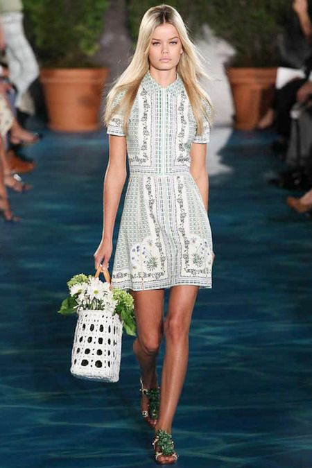#NYFW - Runway: Tory Burch Spring 2014 Ready-to-Wear Collection #toryburch: Fashion Weeks, Summer 2014, Spring Summer, Tory Burch, Burch Ss14, Spring 2014, Burch Ss2014, Burch Spring, 2014 Dresses
