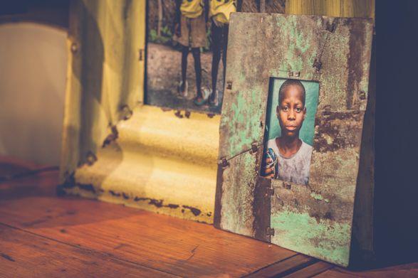 South African Interior Design - Metal frames by Mark Hilltout