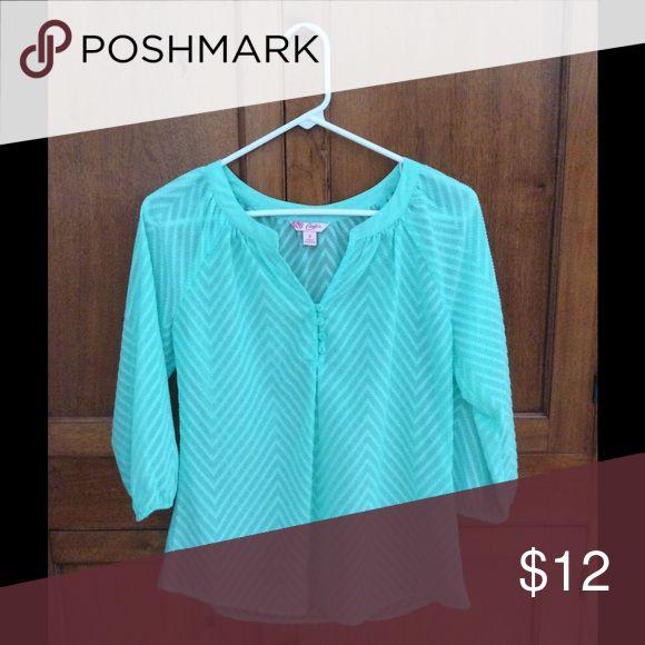 Candies mint green shirt Mint green quarter length sleeve shirt Candie's Tops Blouses