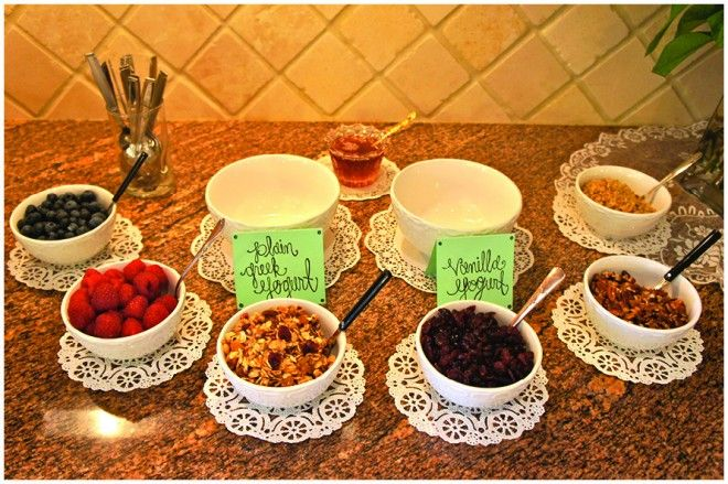 Yogurt bar for brunch: Brunch Ideas, Yogurt Parfait Bar, Yogurt Bar, Bar Ideas, Bridal Shower, Party Buffet, Party Ideas, Food Bar, Baby Shower