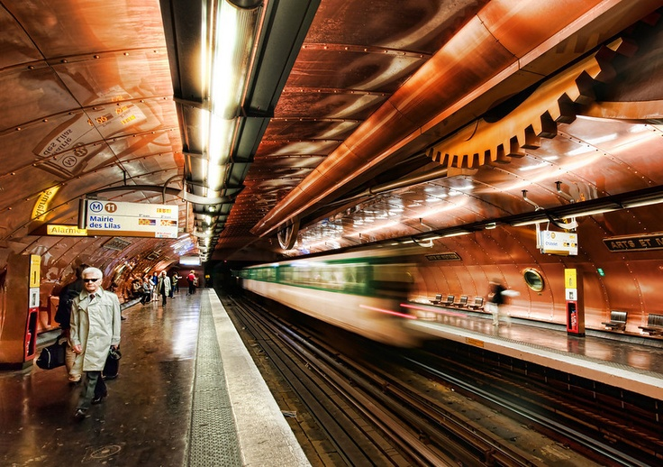 DAILY PHOTO – TIME TRAVELING IN THE STEAMPUNK SUBWAY    This incredible subway station under Paris has undergone a full Steampunk conversion, thanks to the mind of François Schuiten, a comic book artist from Belgium. Each tiny circular window lining the edges is a portal to another world.: Training Stations, Steampunk Subway, Treyratcliff, Trey Ratcliff, Subway Stations, Railway Stations, Full Steampunk, Comic Book, Hdr Photography