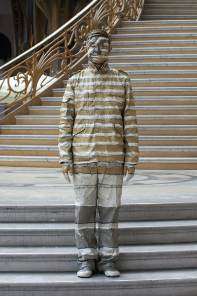 """Hiding in the City"" Grand Palais in Paris by Liu Bolin. Art Experience:NYC http://www.artexperiencenyc.com/social_login"