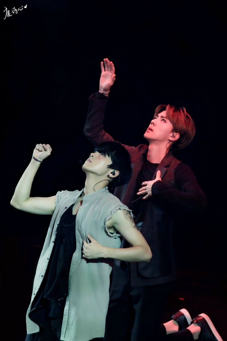 140920 EXO The Lost Planet in Beijing Day 1 - Sehun & Luhan #HunHan ♥ Beautiful, so beautiful ♥♥♥
