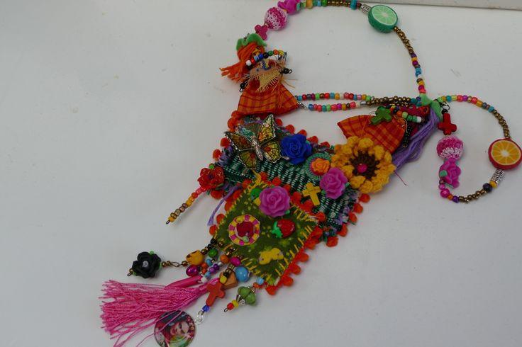 17 meilleures id es propos de fete des morts mexique sur pinterest la f te des morts - Deguisement frida kahlo ...