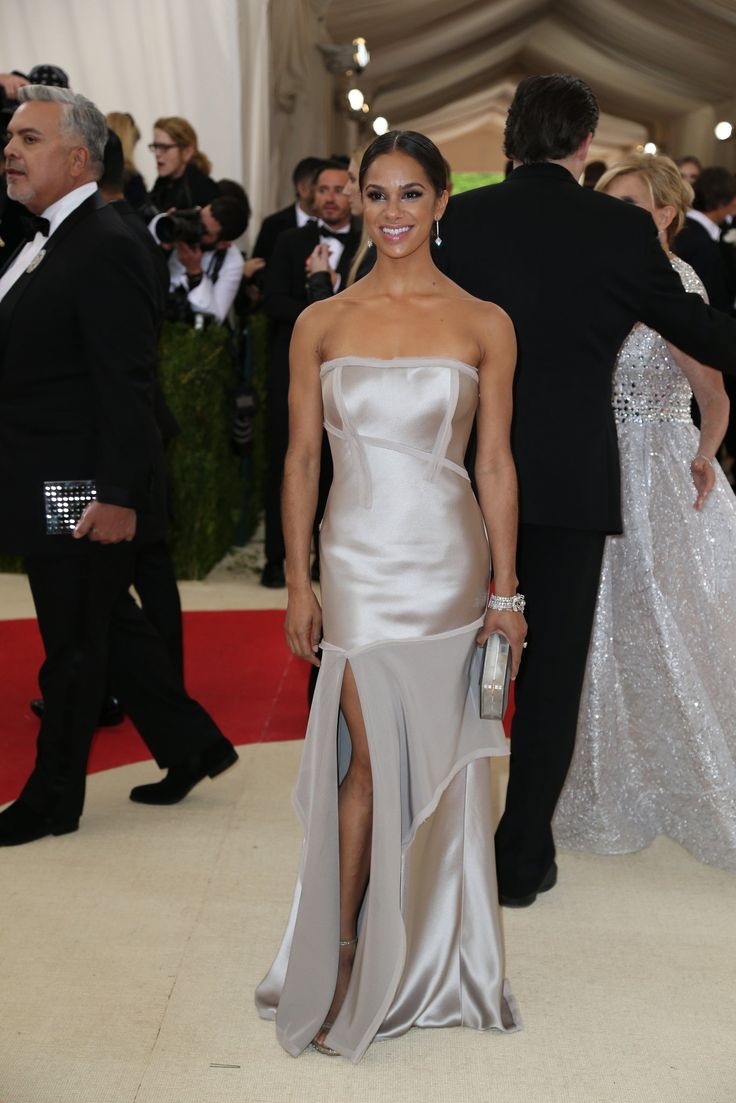15 best Met Gala NYC 2016 images on Pinterest | Red carpet dresses ...