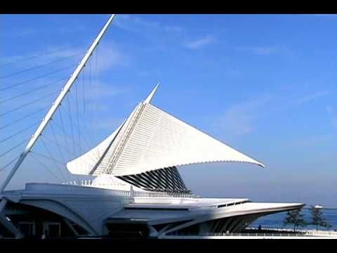 Wings closing (lovely 1-minute video, Milwaukee Art Museum, Santiago Calatrava's brise de soleil) - even better if seen in person, Lake Michigan in the background...