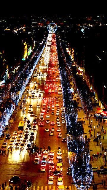 Bucket list - Christmas in Paris! Christmas Illumination des champs-Elysées - Paris