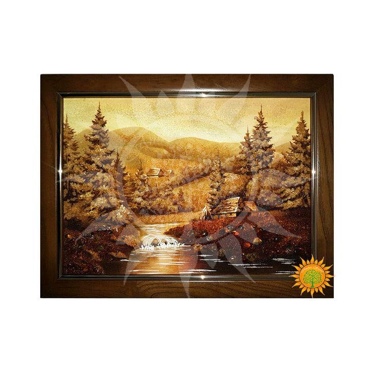 Украинский горный пейзаж из янтаря раскрывает нам красу украинских Карпат. Очень удачно подобраны тени и оттенки, что придает особой гармоничности
