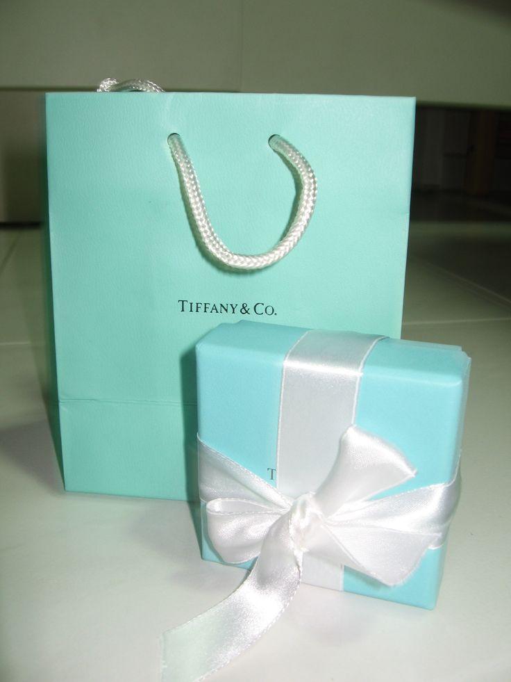 #iconic #Tiffany #blue #box