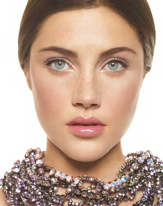 Bobbi Brown Brightening Nudes Collection for Spring 2012