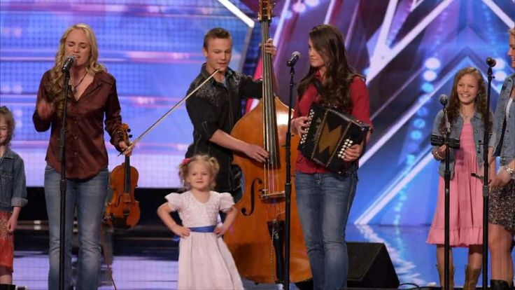 America's Got Talent S09E02 The Willis Clan 12 Member Family Band Too Cute / Published on Jun 4, 2014