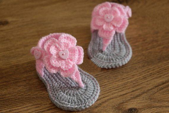 Crochet baby sandals, gladiator sandals, booties, shoes, grey, gray, pink