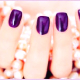 Nails by Brooke at Dabellesdolls. You know you want to.