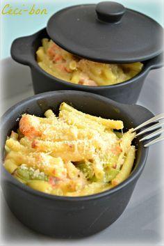 Gratin de macaronis au saumon et poireau