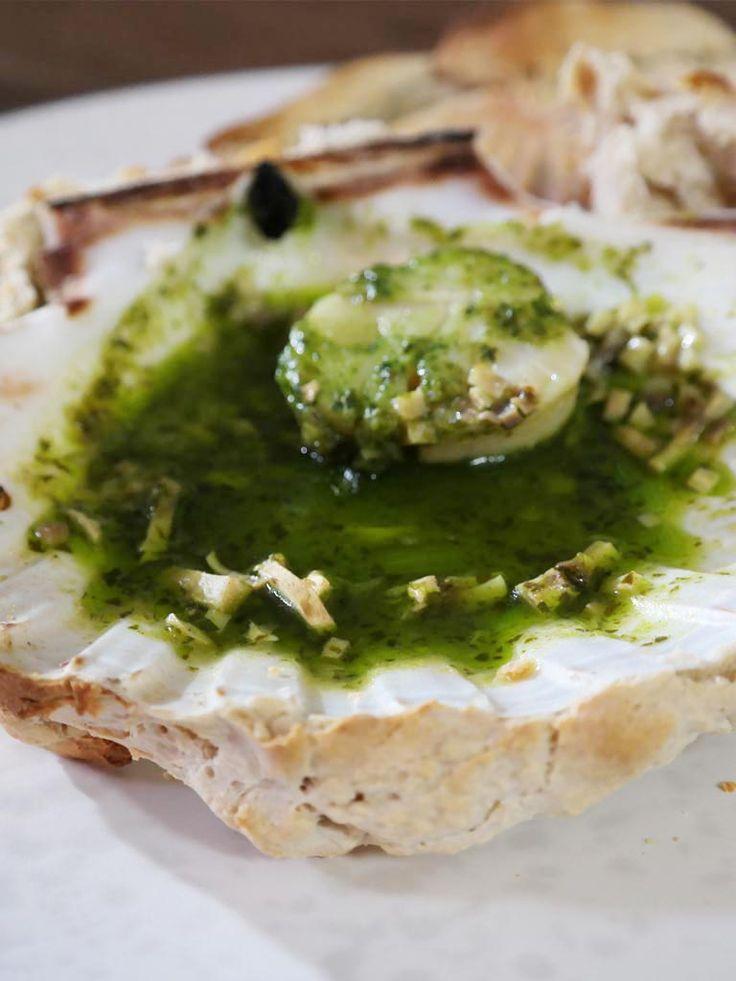 Sint-Jacobsvruchten uit de oven met brooddeeg