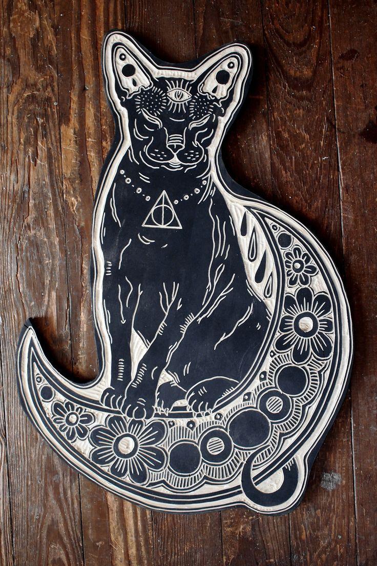 deerjerk:  Hairless Cat and Moon. 2013