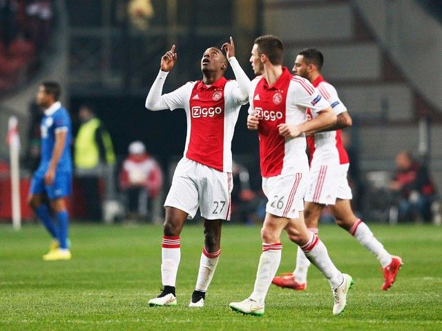 Peter Bosz: 'Riechedly Bazoer set to leave Ajax in January'