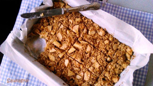 Zabpelyhes almás süti recept (tejmentes, diétás)