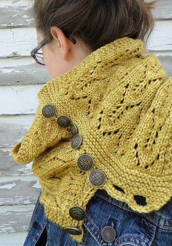 free pattern-cozy cowl from Tin Can Knits