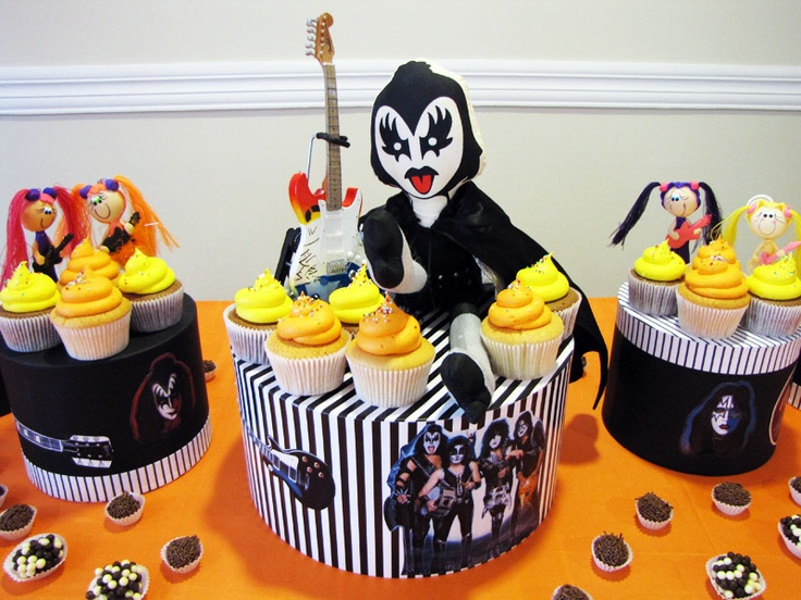 festa rock and roll kiss: Cake, Birthday, Cupcake, Doll, Festa Heitor, Rolls Kiss, For Party, Festa Rocks, Party