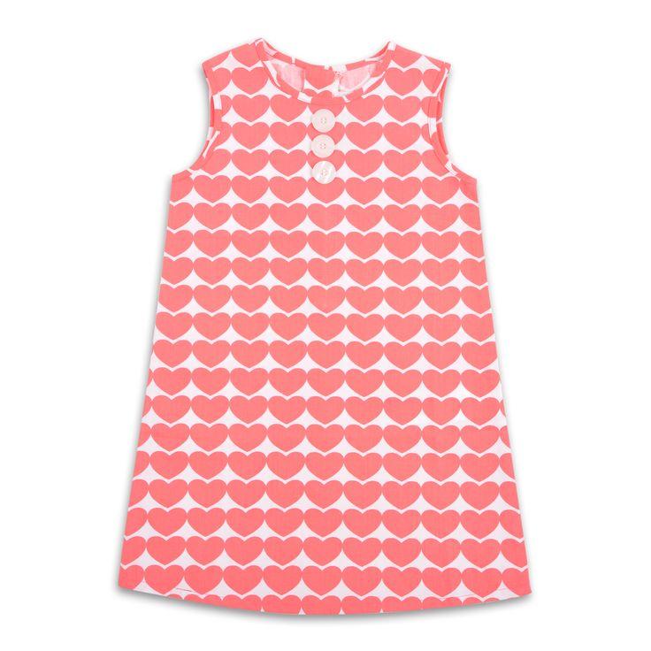 Vestido EPK para niña, con estampado de corazones color coral.