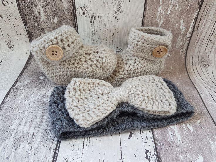 Gebreide & gehaakte schoenen - Gehaakte baby booties en haarband, baby slofjes  - Een uniek product van FrisianKnitting op DaWanda