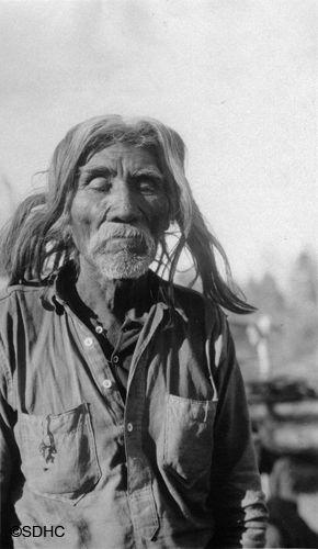 Portrait Sharon Soutlook S Beard Nativeamerican Americanindian Nativedress Furhat Harborspringsmi Odawahomeing