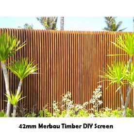17 best images about pool landscaping ideas on pinterest for Vertical garden privacy screen