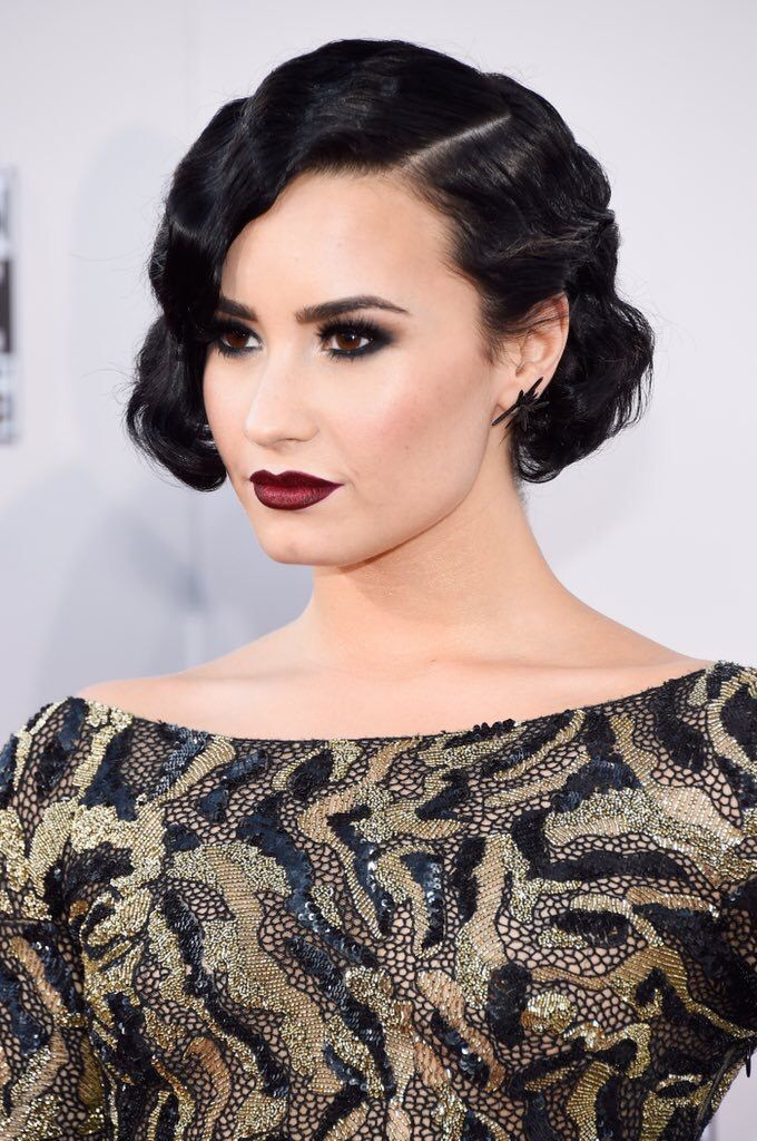 Demi Lovato on the red carpet at the American Music Awards in LA - November 22nd