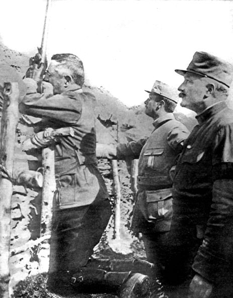 France, 1915, World War I, General Franchet d'Esperey visiting the trenches, He is observing the enemy with a periscope.