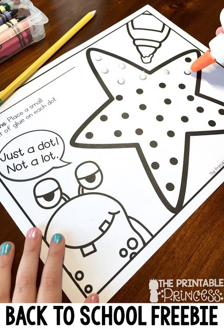 These Monster FREEBIES and activities cover math, writing, and fine motor! Perfect for Kindergartners in October.