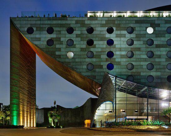 Hotel Unique, São Paulo, SP,  Brasil. Arquitetura única, projeto do arquiteto Ruy Ohtake.