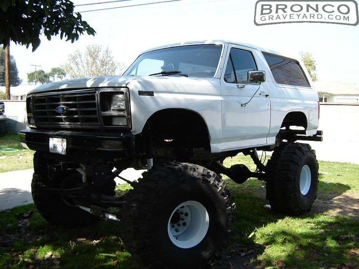 lifted ford bronco broncos yea buddy pinterest