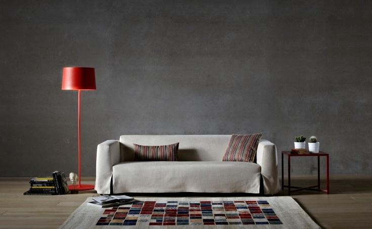 Küçük evlerde kullanılabilecek, etekleri ile fark yaratan, modüler olması ile yerleşim kolaylığı kazandıran sade ve mütevazi bir oturma grubu. Senlibenli. #ev #mobilya #kanepe #farukmalhan #home #furniture #sofa