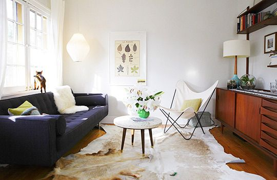 Mid-century modernMid Century Modern, Small Living Room, Living Room Ideas, Butterflies Chairs, Cowhide Rugs, Small Spaces, Online Shops, White Wall, White Room