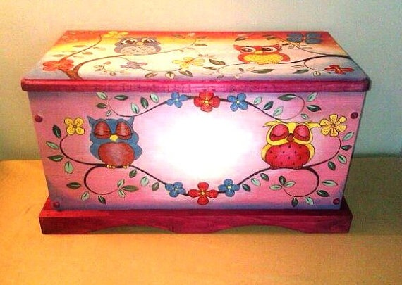 Baby Owls Hope Chest/Toy Box Hand Crafted Using Pyrography and Color is Wood Staining Technique. This item is not painted so the colors will not peel or chip. 24X13X12
