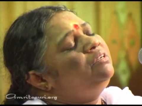 Amma singing lokah samastha sukhino bhavanthu (Uploaded to YouTube.com by amma on Sep 5, 2011)