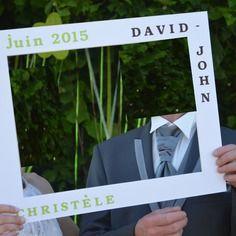Cadre photobooth pour un mariage,  baptême, baby shower, ou anniversaire Disponible sur commande lababyshowerdemaman@hotmail.fr www.lababyshowerdemaman.fr