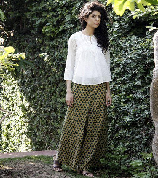 White cotton blouse by KharaKapas on Etsy