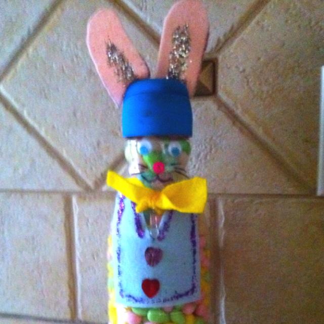 Creamer bottle Easter Bunny: Creamer Bottle