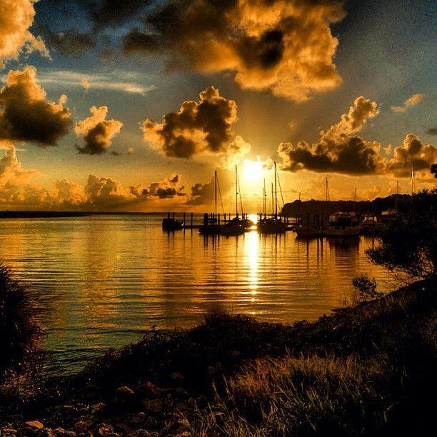 Breathtaking sunrise in Savannah | Photo by davidmartincreative