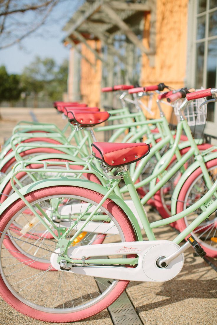 What I would give to take a ride on these adorbs pink and mint bikes!