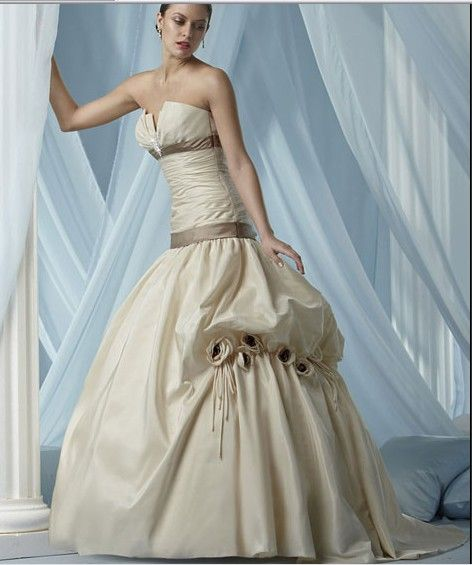 20 best Beautiful Bridal Gowns with Cathedral Train images on ...