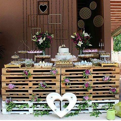 Pallets na decoração do casamento! Inspiração linda do ig q eu amo…