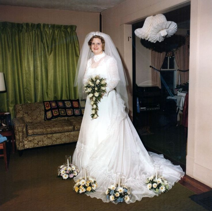 51 Glamorous Pictures of Beautiful Brides From the 1970s