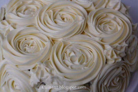 Cuinant: Red velvet cake - Tarta de rosas