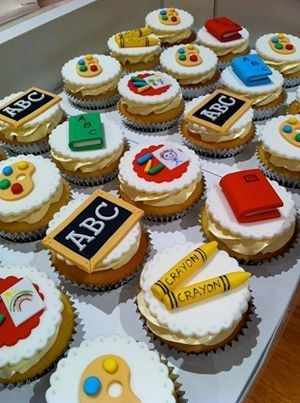 Beautiful back to school cupcakes