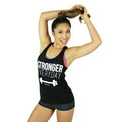 The tank I'll get as my third target reward :) Find it on Blogilates shop