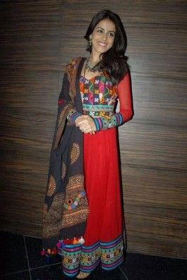 Genelia Dsouza Kutchi Anarkali kurta, ethnic indian fashion, kutchi embroidery anarkali, red anarkali with dupatta