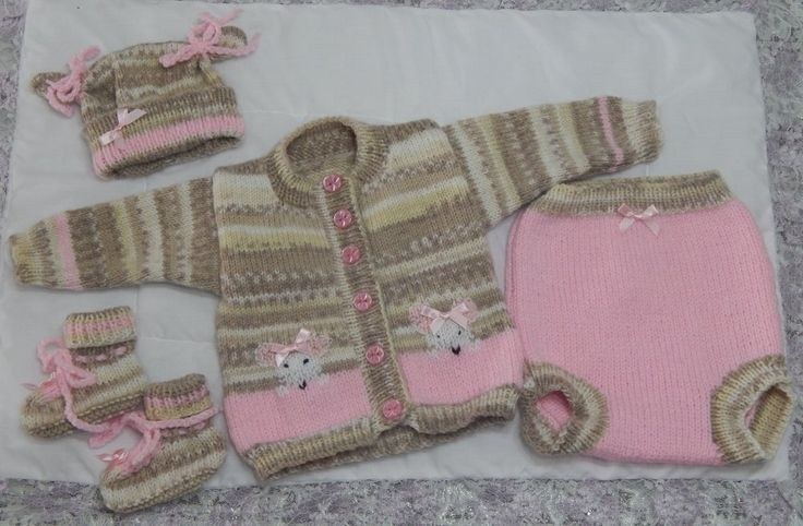 Beige & Pink mouse set from a pattern by Tiina Hoddy